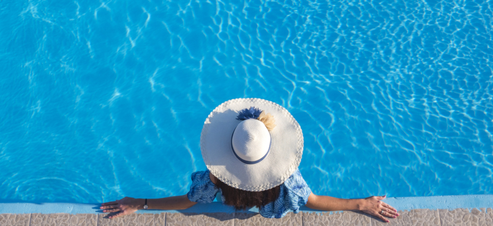 image showcase woman in pool relaxing